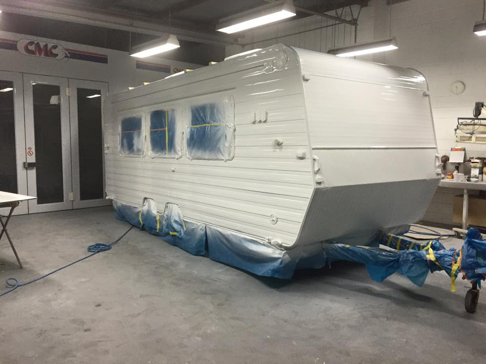 caravan spray painting