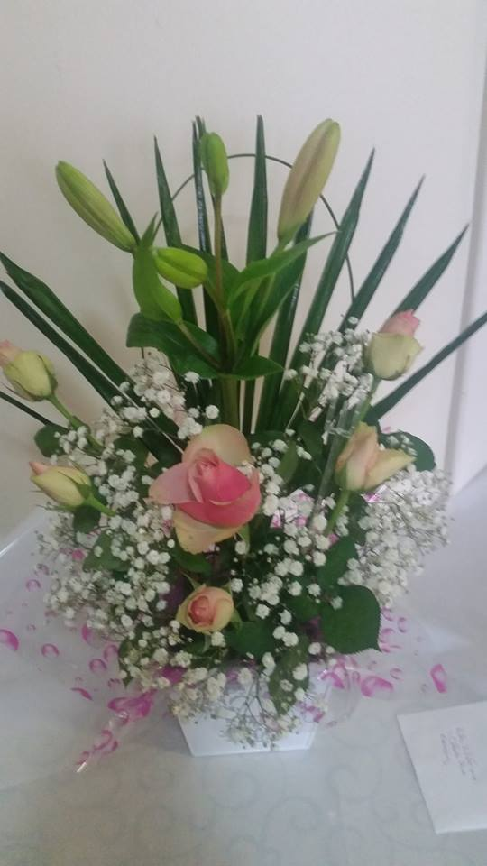 Florist Aldinga Beach | LOLLY BLOOMS Call us on 0400 012 229