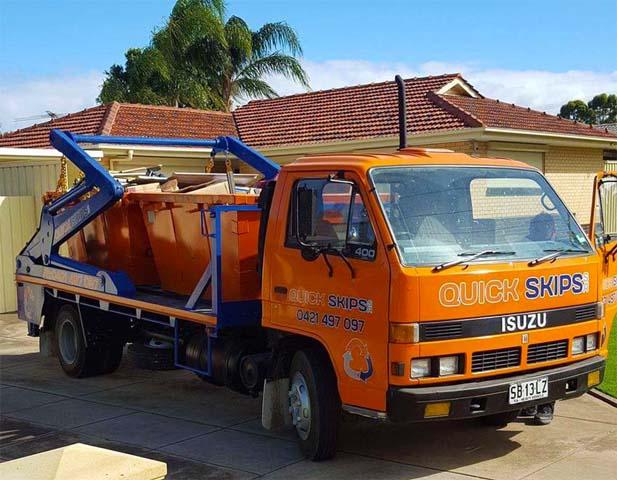 waste bin truck